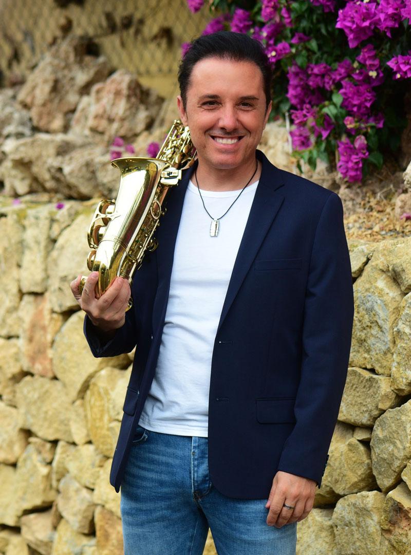 Román Rodríguez Saxofonista